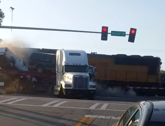 Truck ramt auto